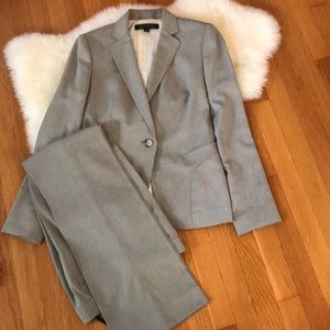 Anne Klein 2-piece suit